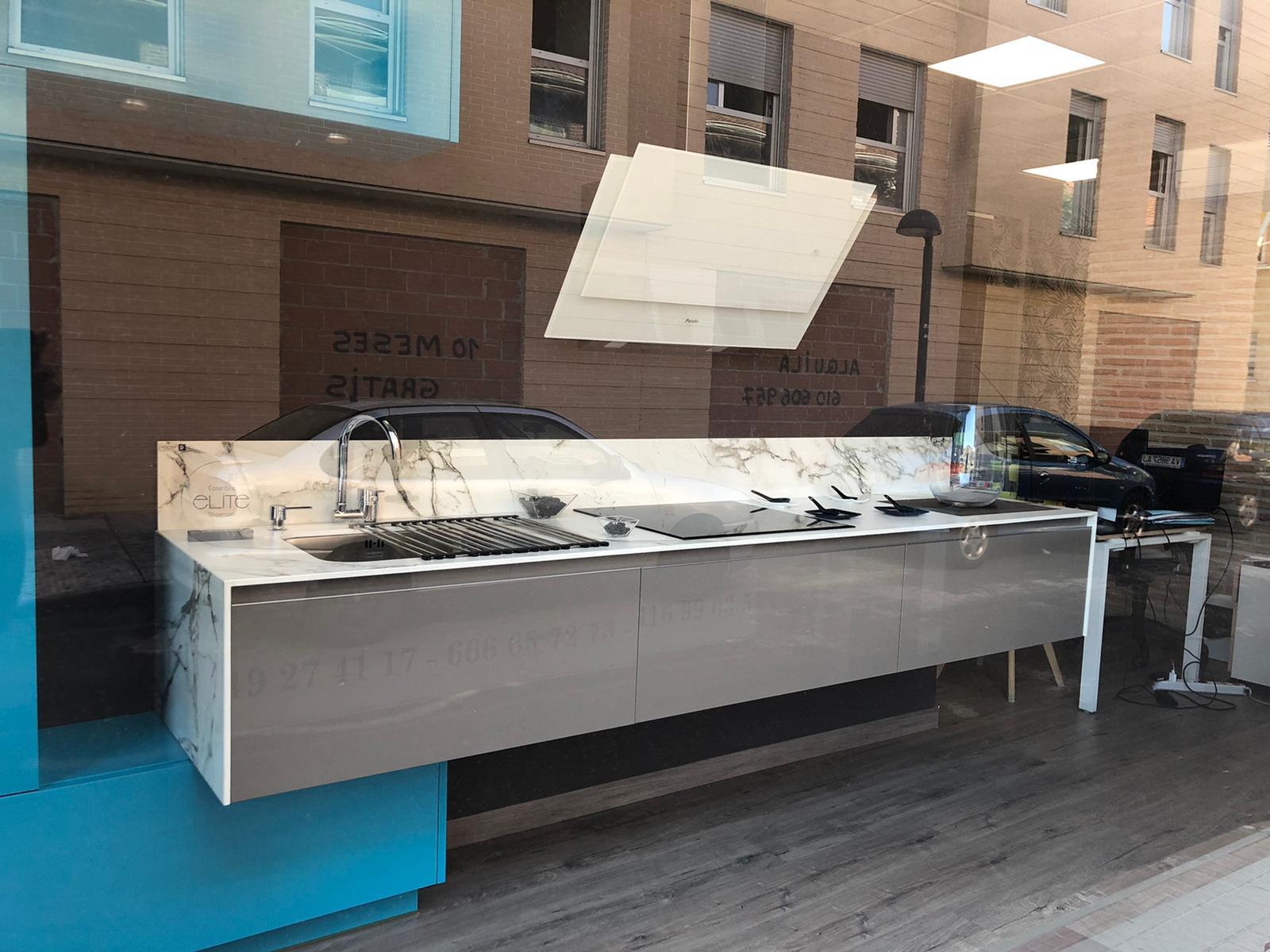 Cocina Laminada Azul - 900€