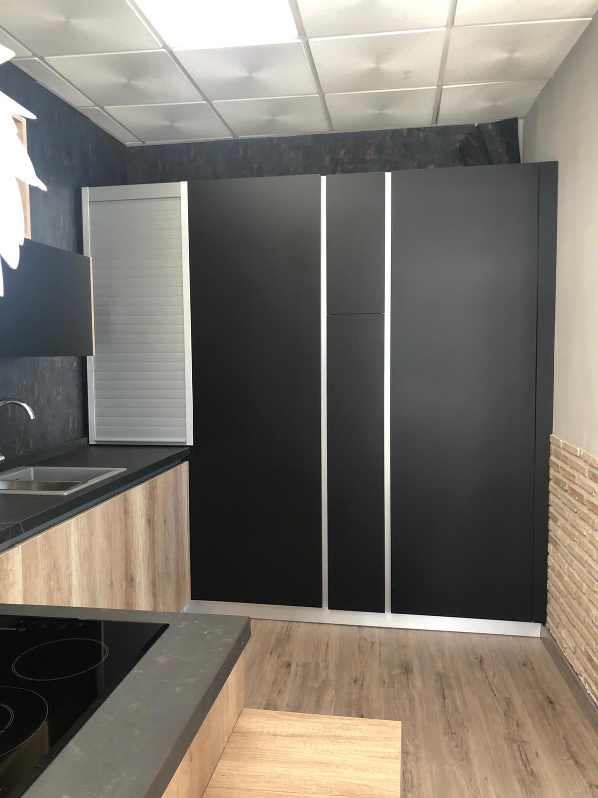 Cocina Laminada Negra - 1700€